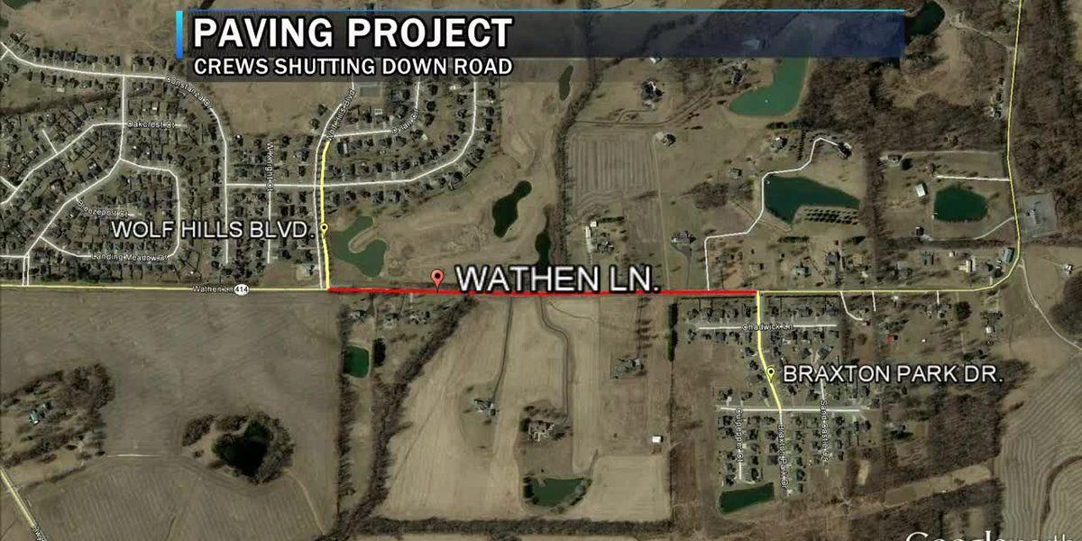 Crews shutting down Wathen Lane in Henderson