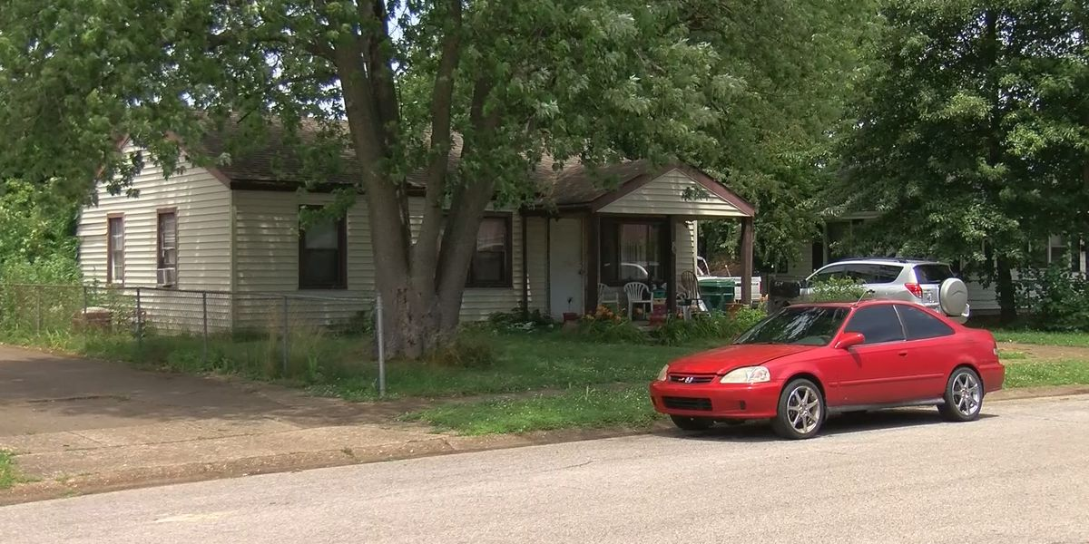 Owensboro Police continue to investigate a fatal stabbing