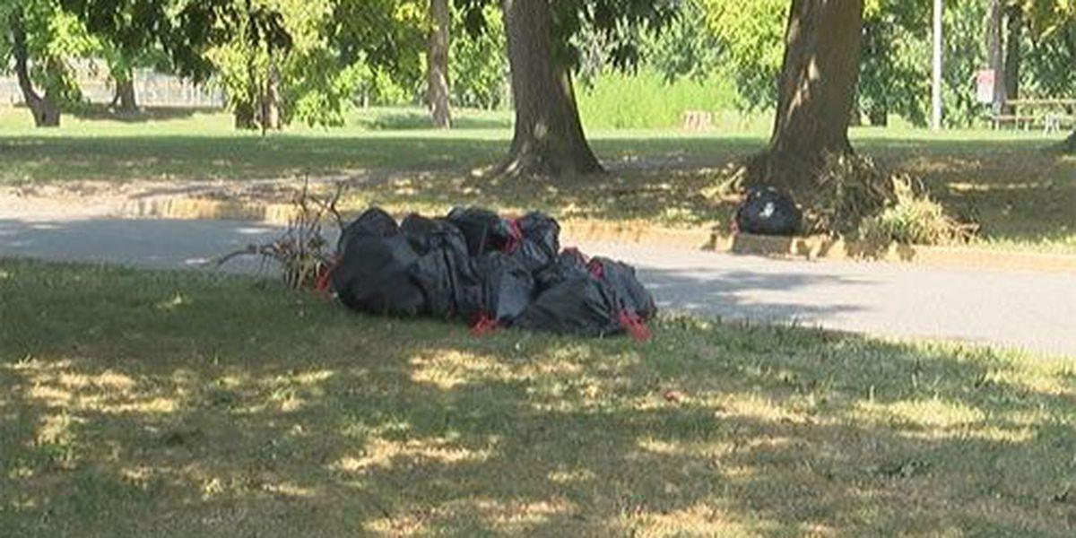 EPD officers clear trash, debris from Garvin Park