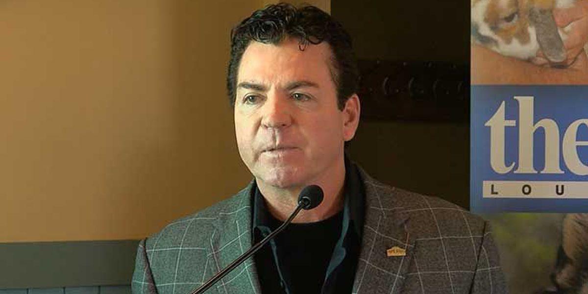 Report: John Schnatter to resign from Papa John's board of directors