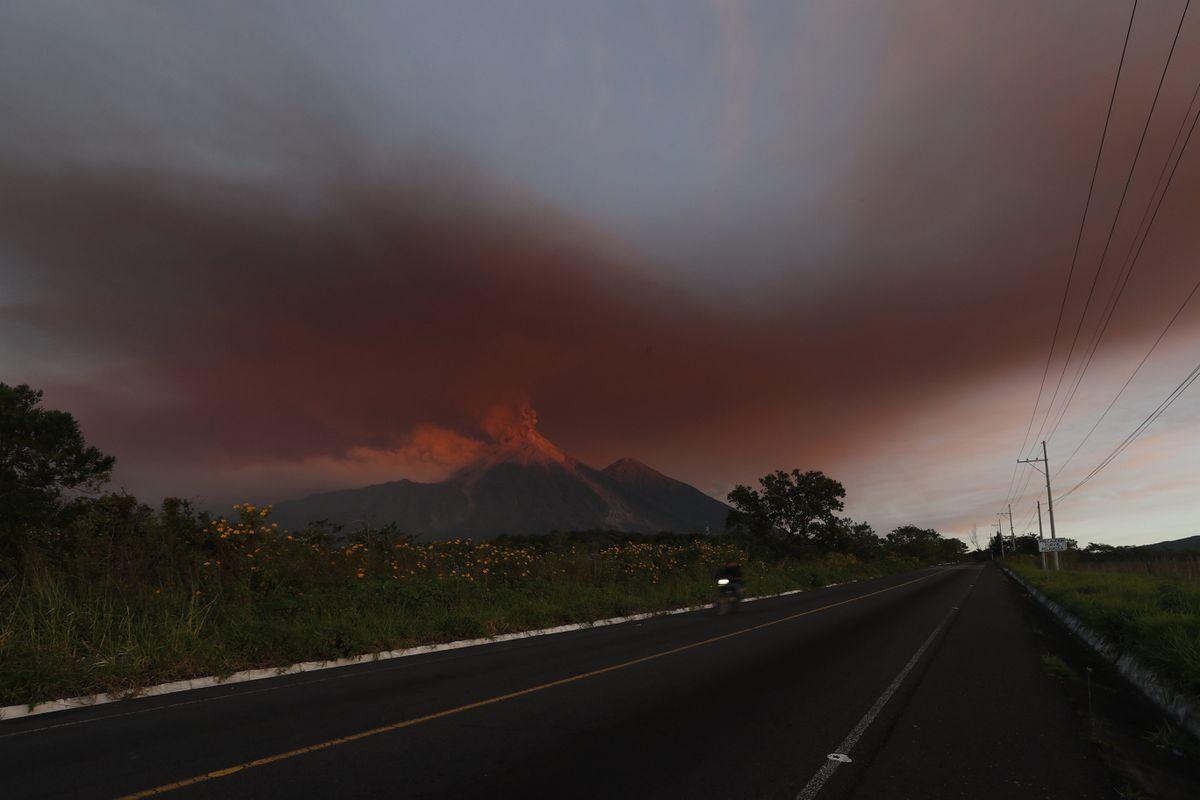 Communities Flee Eruption At Guatemala S Volcano Of Fire