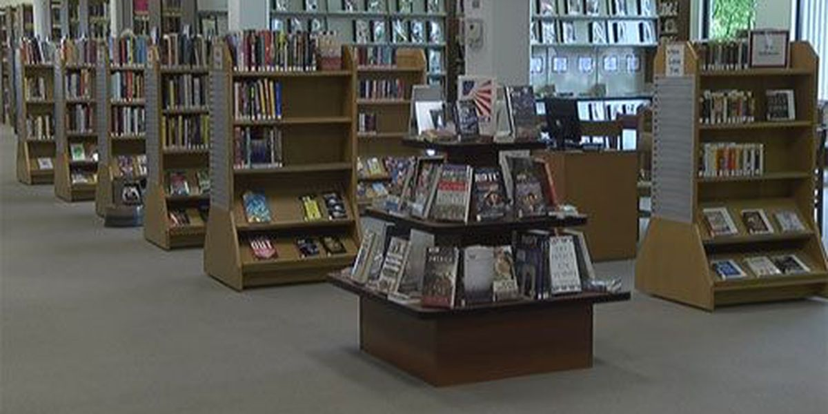 Henderson Co. Public Library holding photo contest