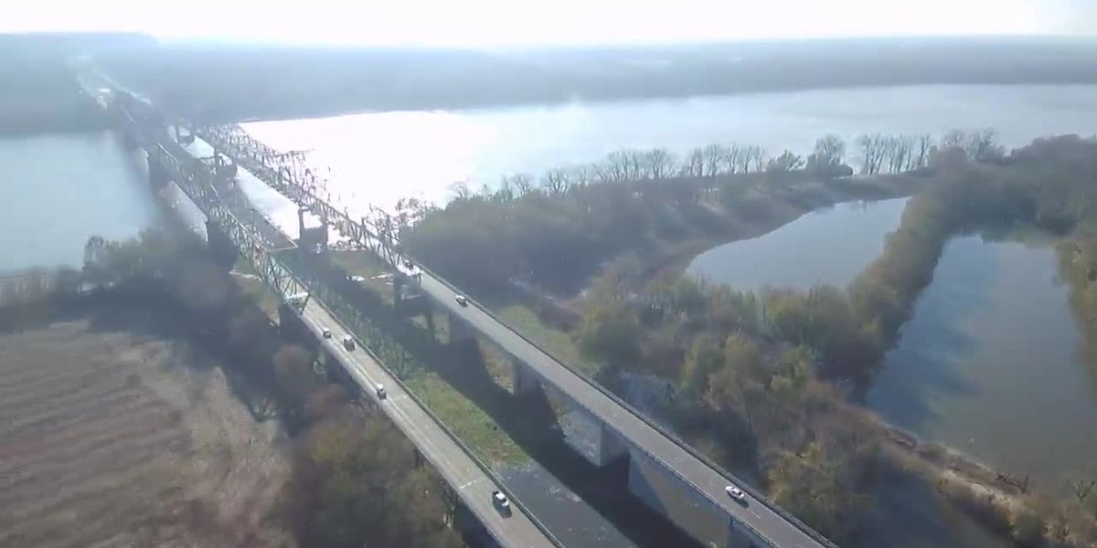 Community takes part in conversation on future I-69 Ohio River bridge