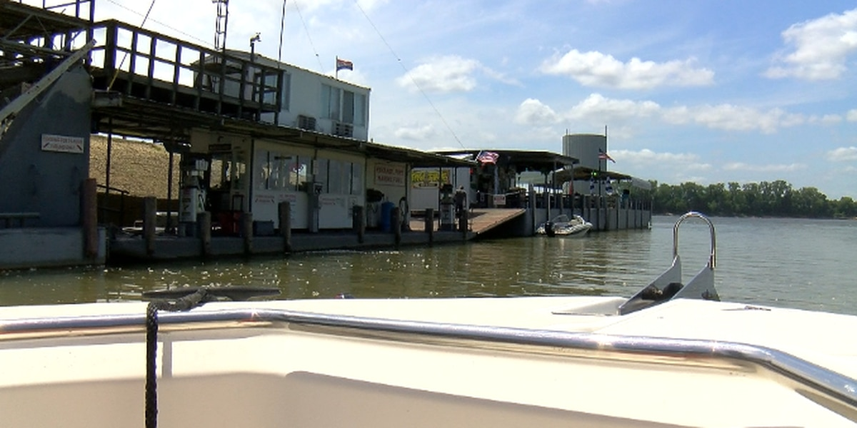 Boating safety tips for holiday weekend