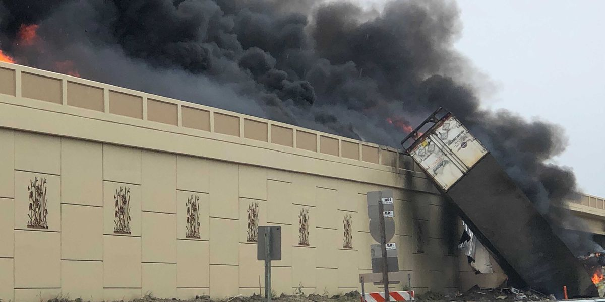 2 killed when semitrailers explode in Wisconsin