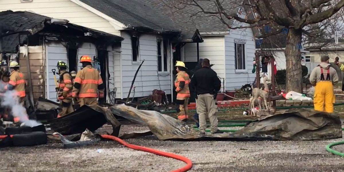 Crews called to house fire in Haubstadt