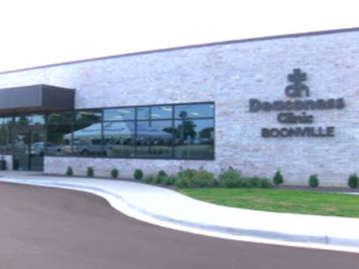 New Deaconess clinic opens on Hwy-62