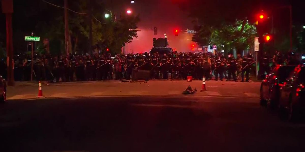 Protests over George Floyd's death erupt nationwide for 4th day