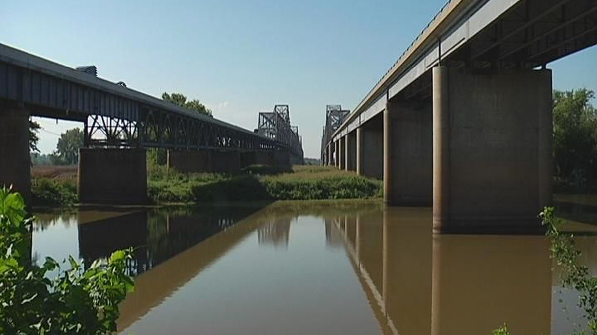 Barge hits Twin Bridge pier, inspection scheduled