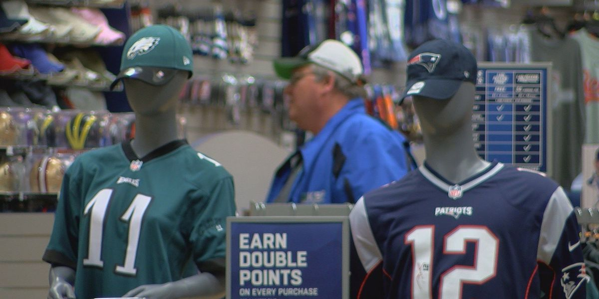 Locals prep for Super Bowl weekend