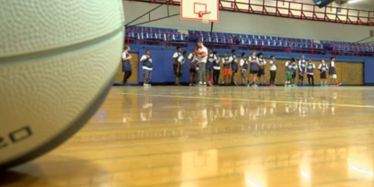 Christmas with Coaches holds basketball camp at old downtown YMCA