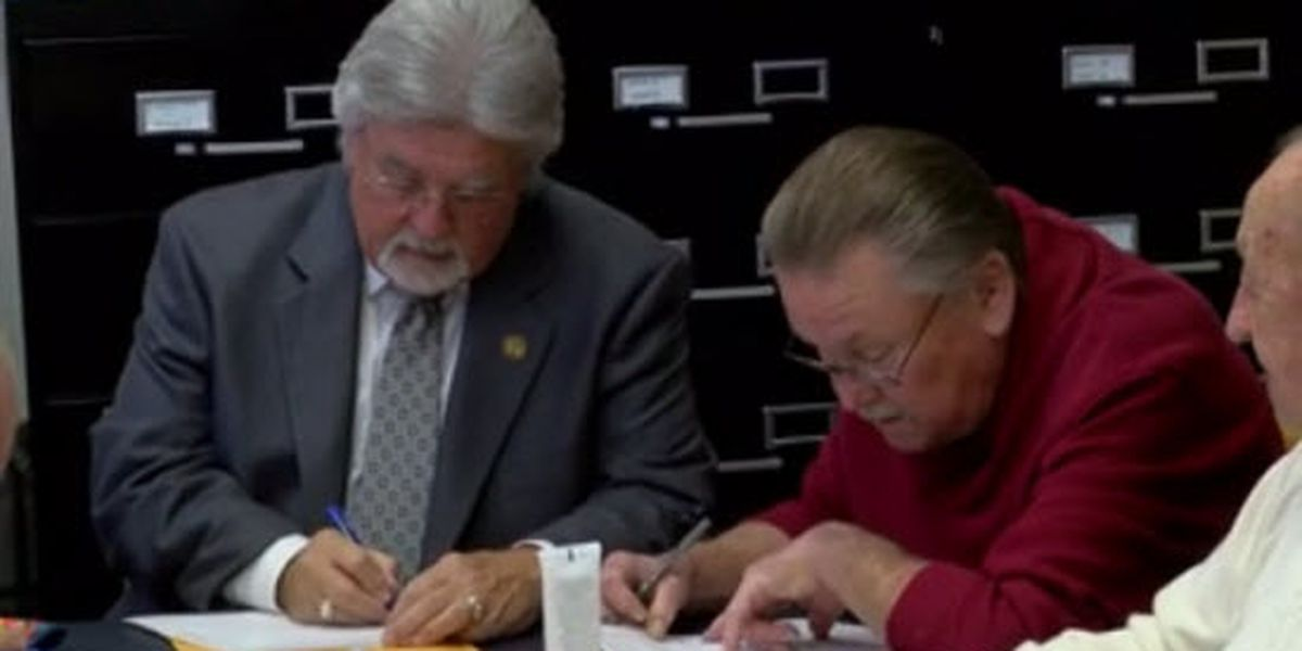 Boonville mayor, other officials filing for re-election Wednesday