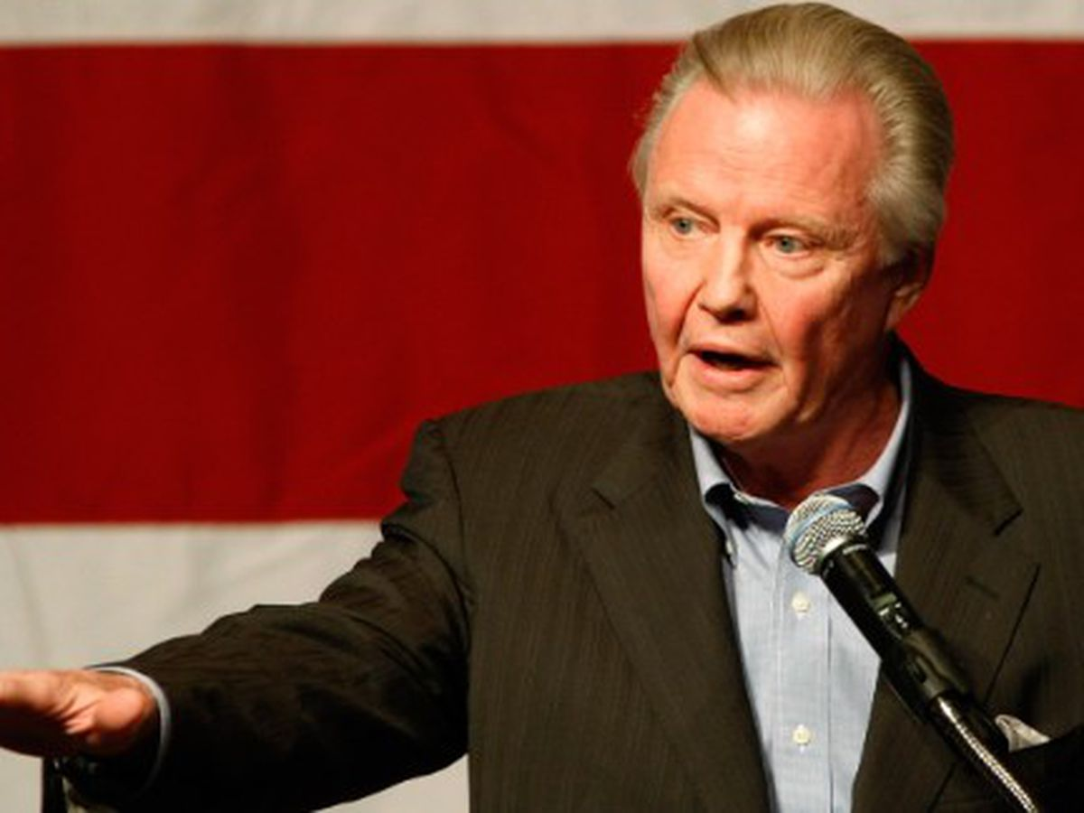 Actor Jon Voight: Trump is the greatest president since Lincoln