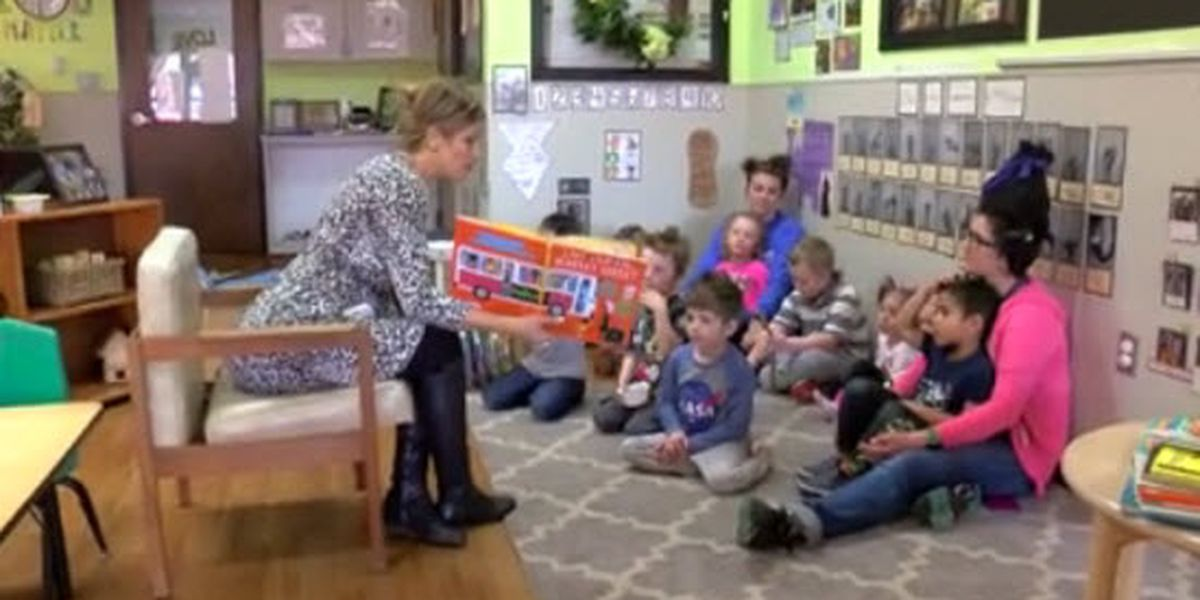 Prominent city figures take part in 'Literacy Week' for kids