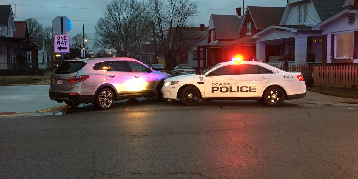 Update: Police chase ends after pursuit through Evansville east side