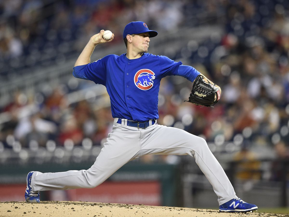 Chicago faces Arizona, aims to build on Hamels' strong performance