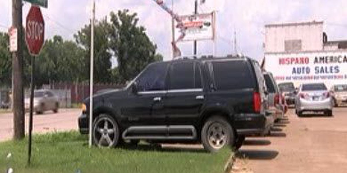 Evansville car sales business vandalized