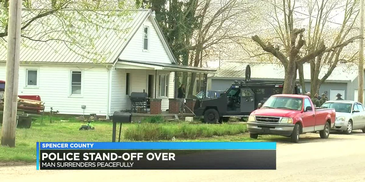 Police standoff ends after more than 8 hours in Spencer Co.
