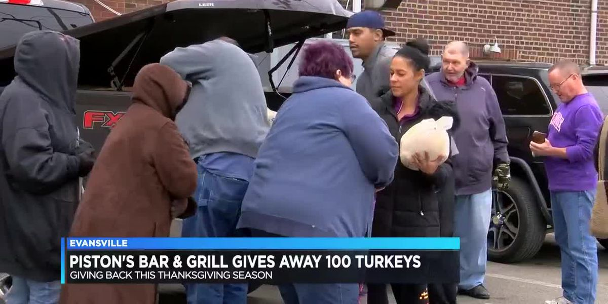 Piston's Bar & Grill helping dozens of families for Thanksgiving dinner