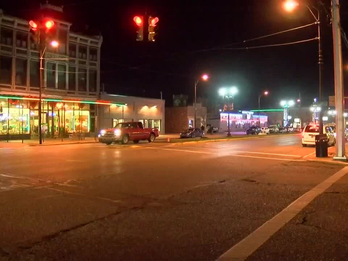 Tri-State bars take COVID-19 precautions on Thanksgiving Eve