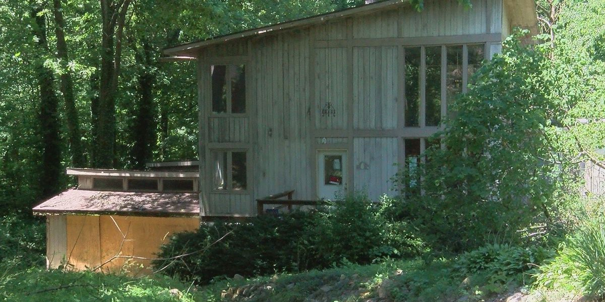New Warrick Co. ordinance aims to crack down on unkempt homes