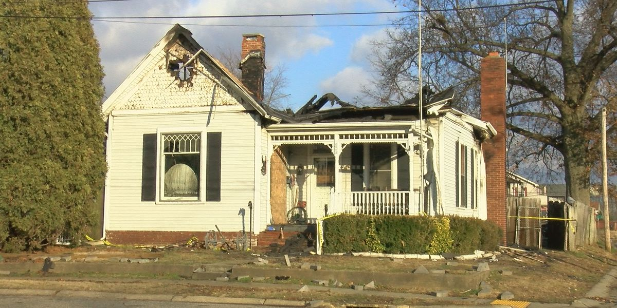 Man dies after house fire in Owensboro