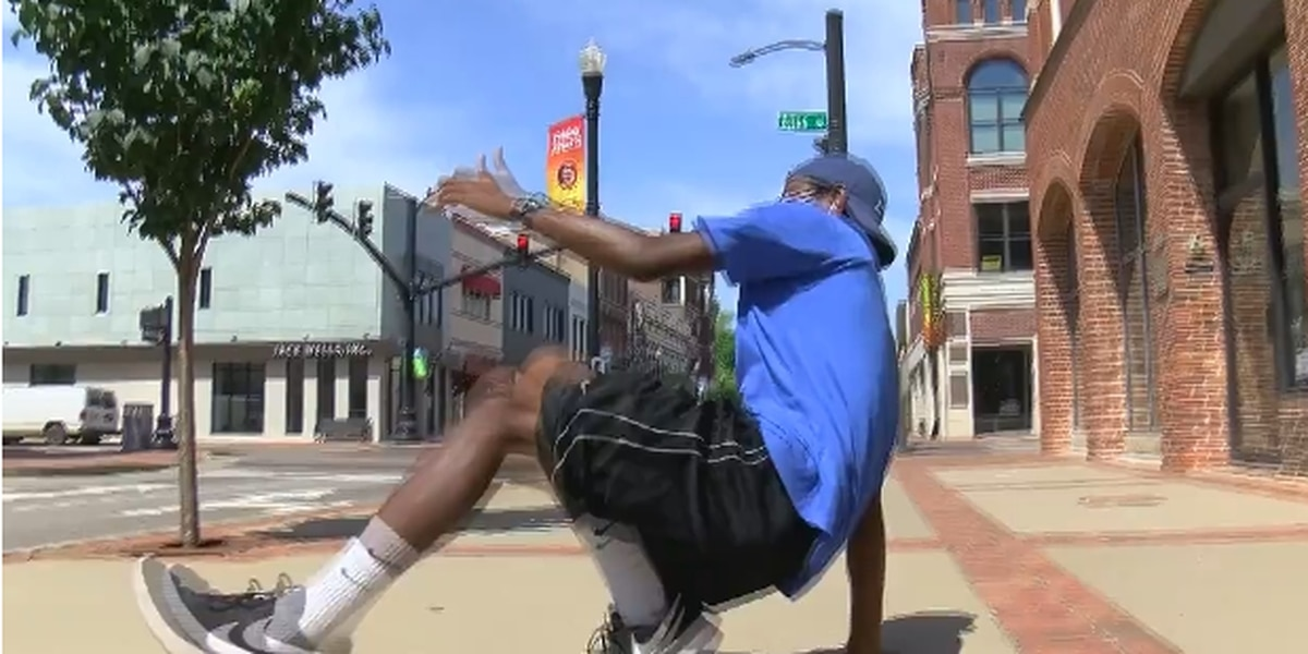 'Be yourself, be unique': Owensboro man inspires happiness through dance