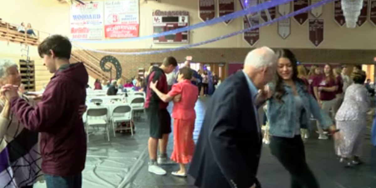 Students give Seniors a prom they won't forget