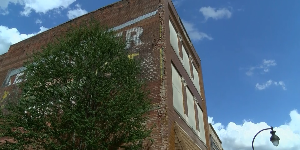 Evansville man purchases 133-year-old Princeton building to renovate