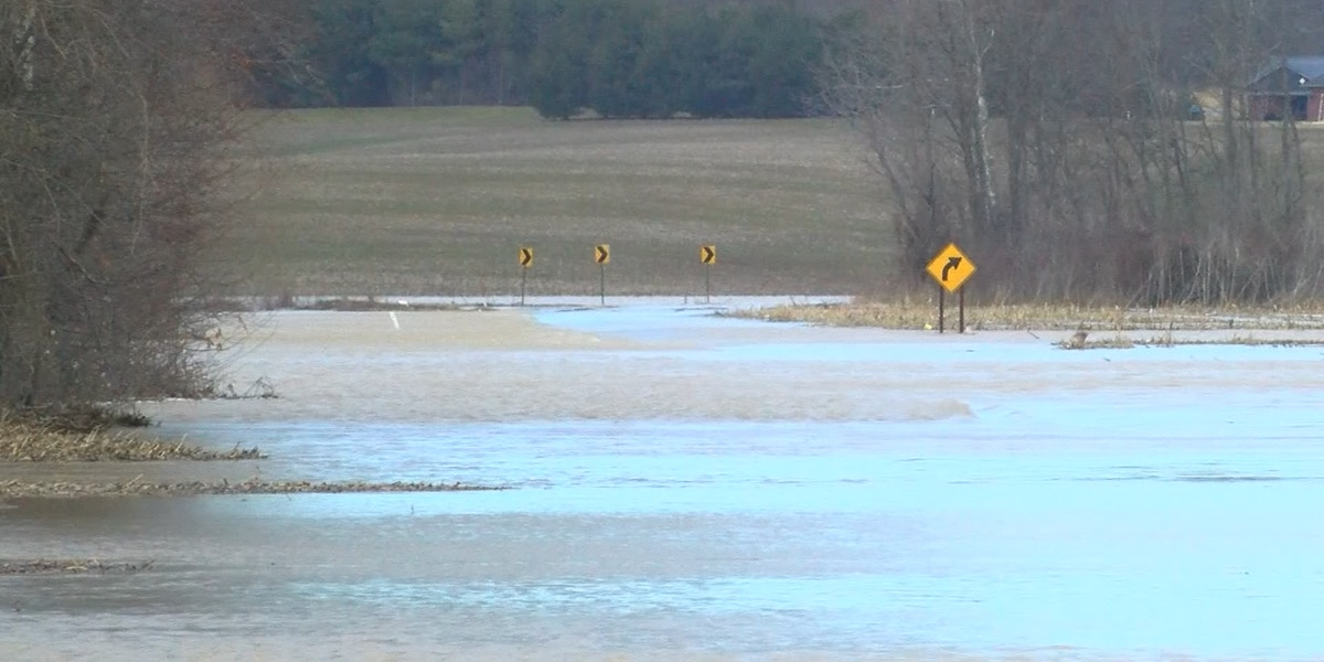 Major floods close roads in Dubois Co.