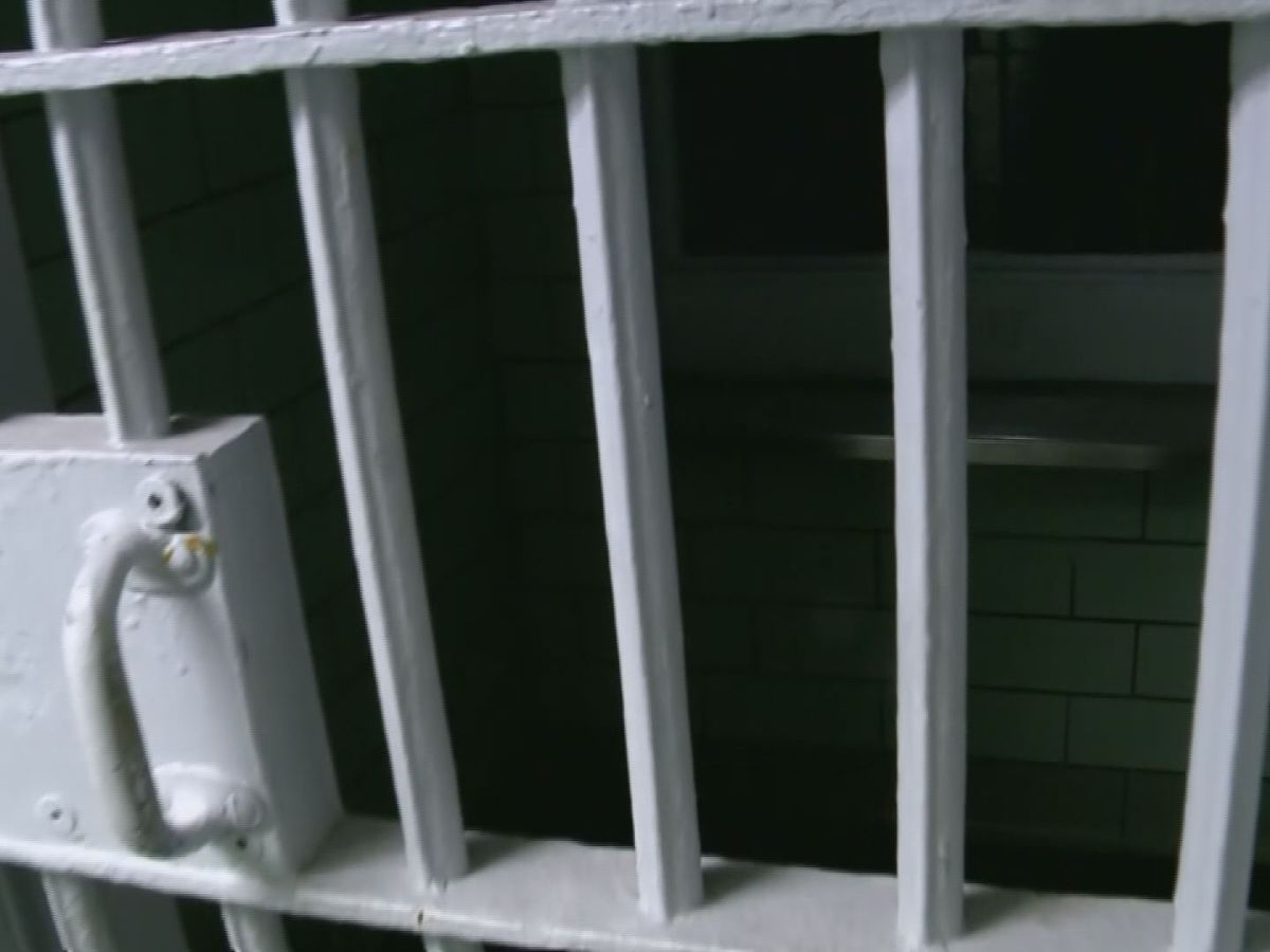 Indiana sees big cost jump with new prison medical contract