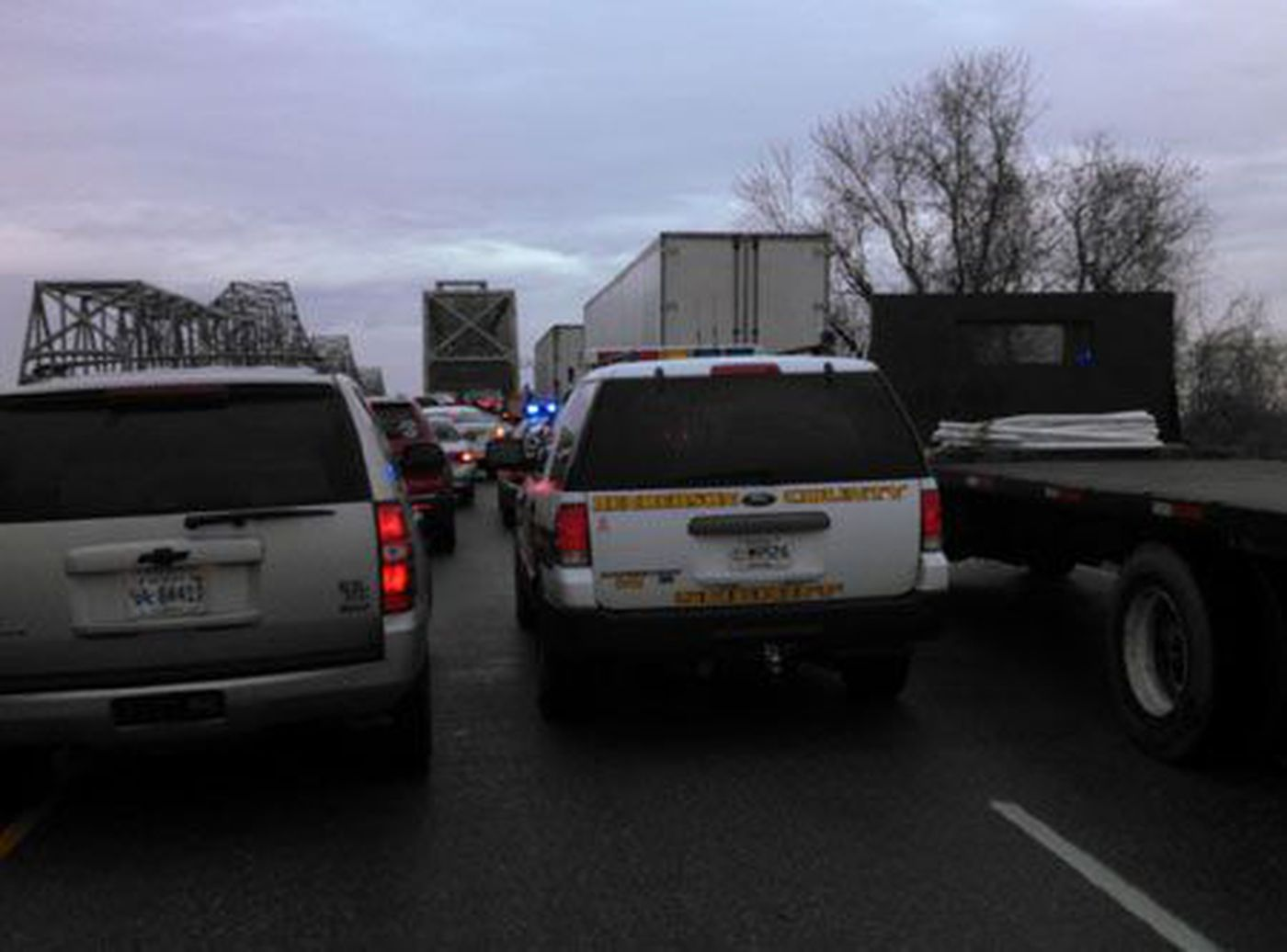 Accident On Hwy 41 Caused Major Delay Twin Bridges In Car Lights