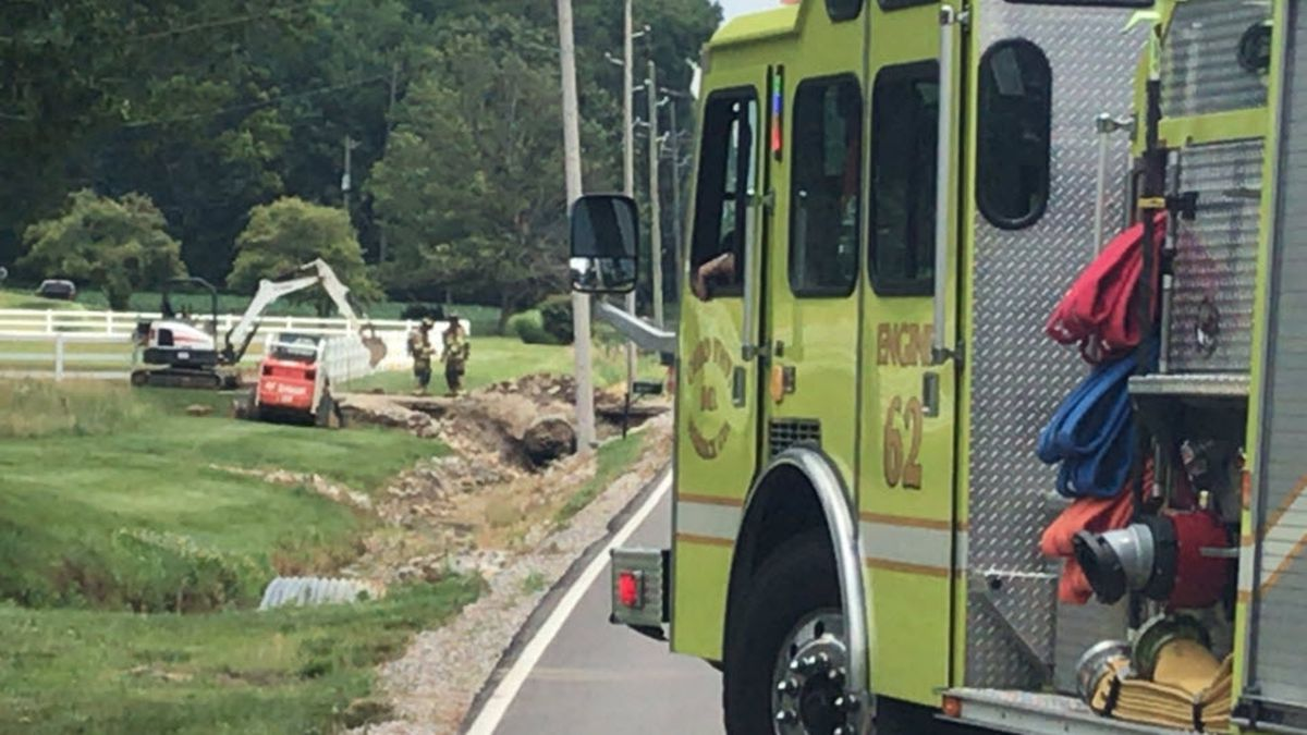 Section of Jenner Rd. closed after gas line hit