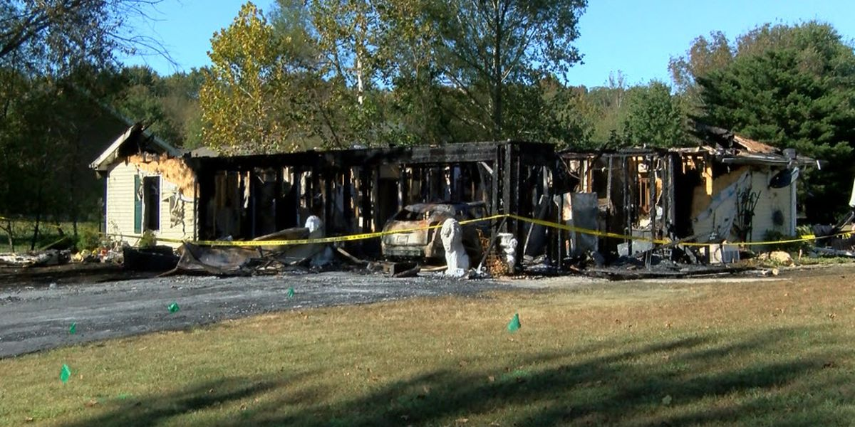 Woman, dog safe after Tues. night fire destroys Santa Claus home