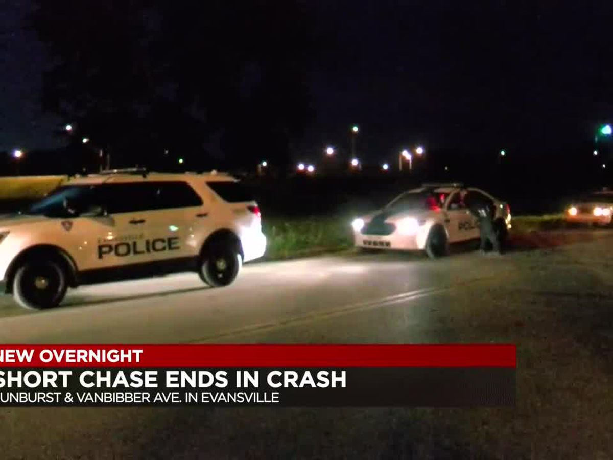 Short chase in Evansville ends in a crash