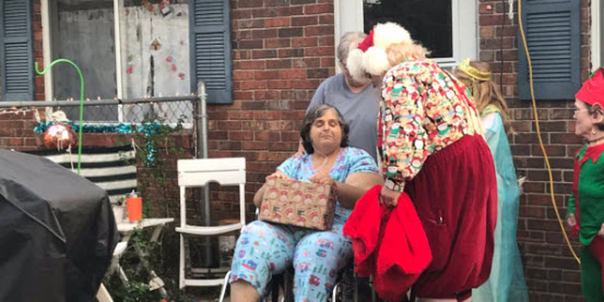 Chandler woman surprised with Christmas parade