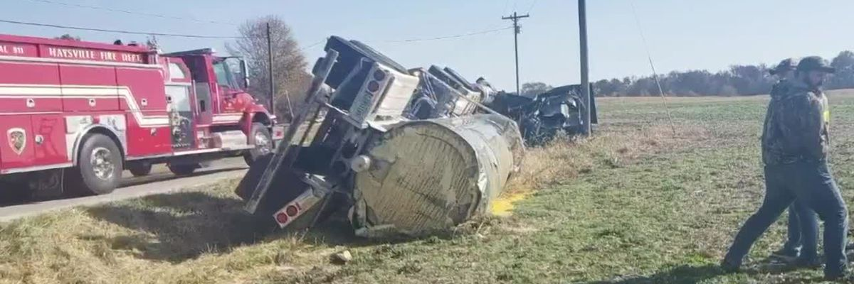 Sheriff's Office: Tanker carrying egg yolk crashes in Dubois Co., causes lane closures