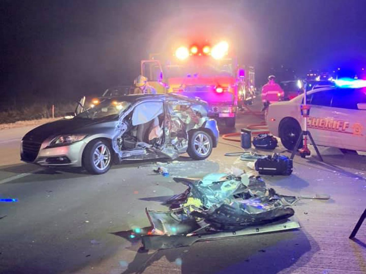 Crash on S.R. 66 in Newburgh sends 3 to hospital