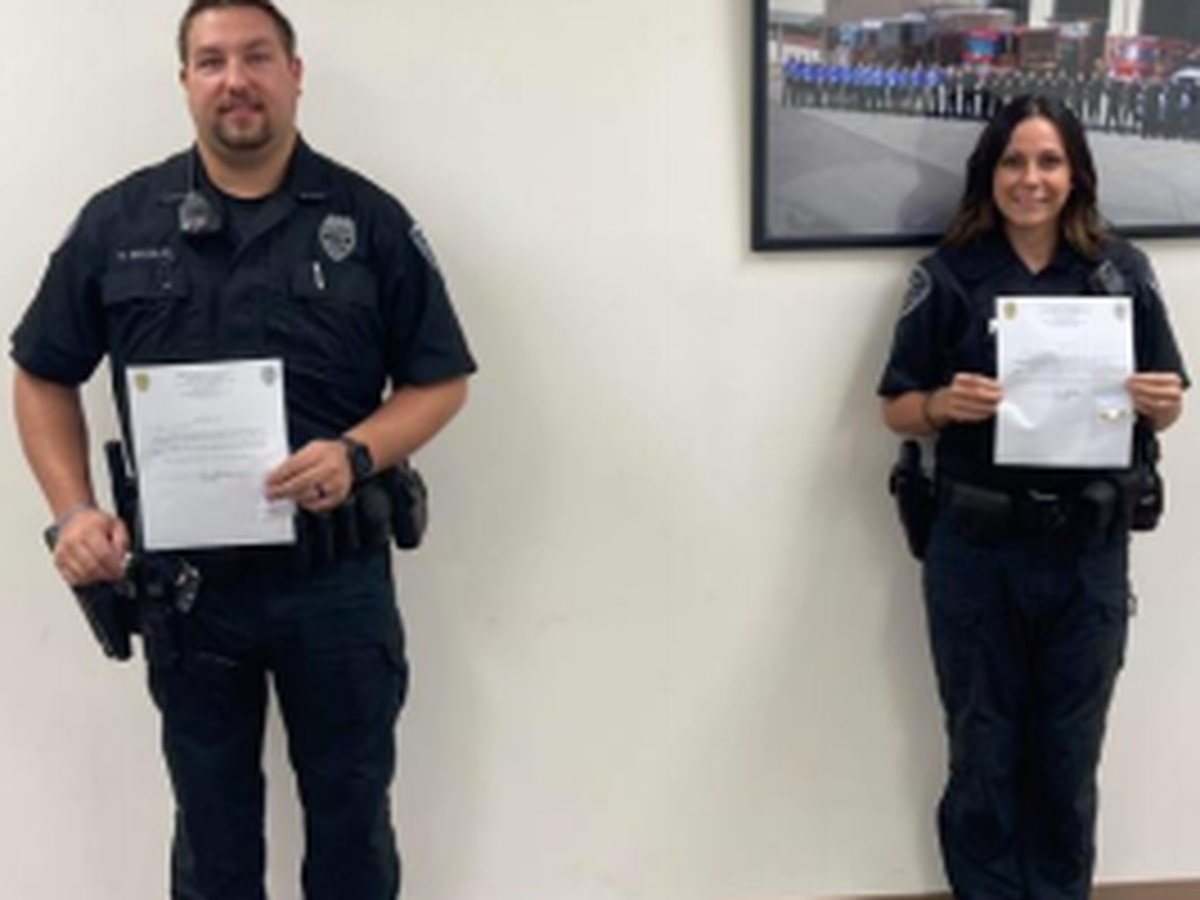 Mount Vernon police officers recognized for saving woman's life