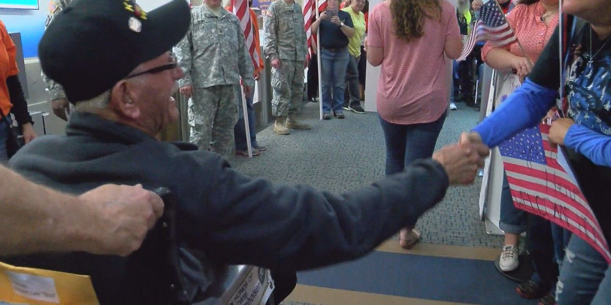 Be a part of the welcome home parade for Honor Flight 8