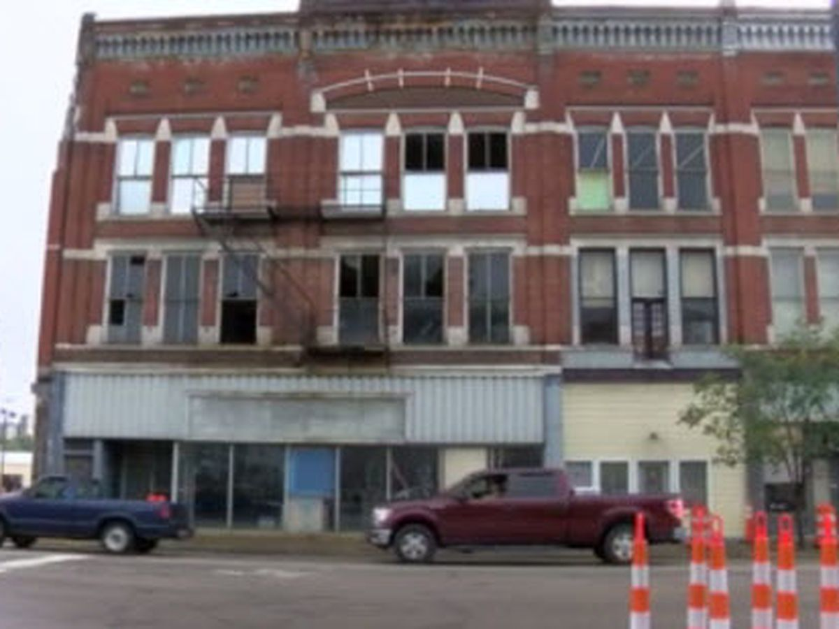 No sale, no solution for eyesore in Mount Vernon