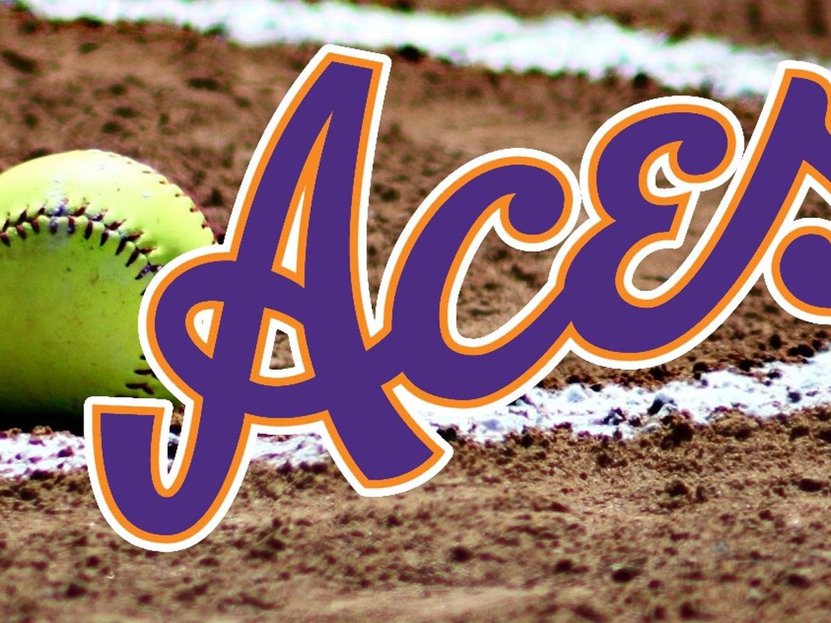 Aces softball swept in doubleheader by Green Bay