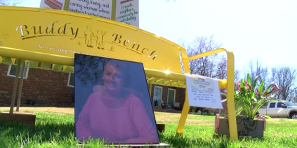 Bench dedicated to Newburgh woman who died from COVID-19