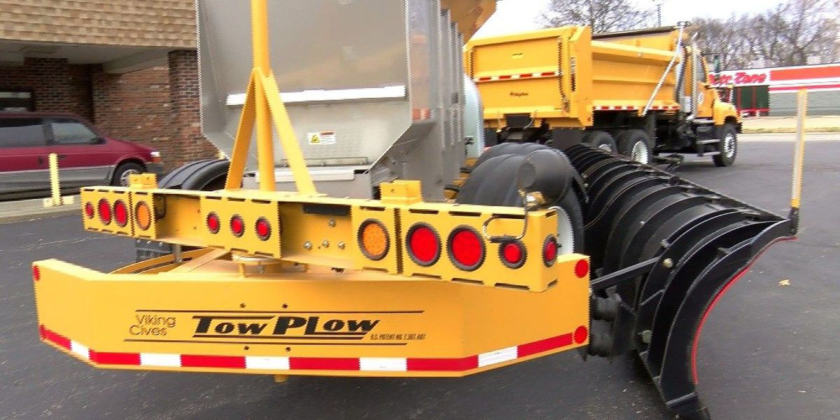 INDOT shows off new snow plow in Mt. Vernon