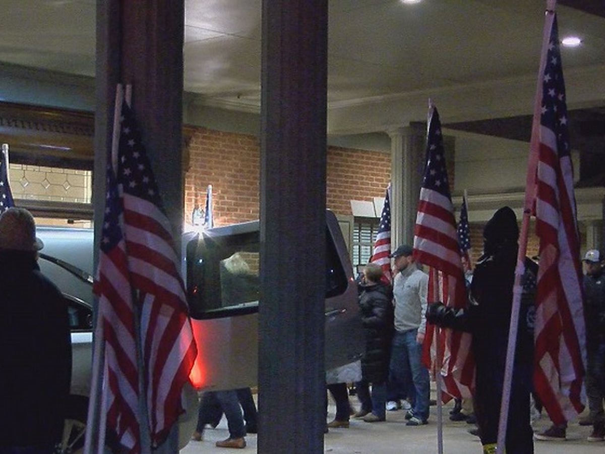 Community welcomes home fallen soldier