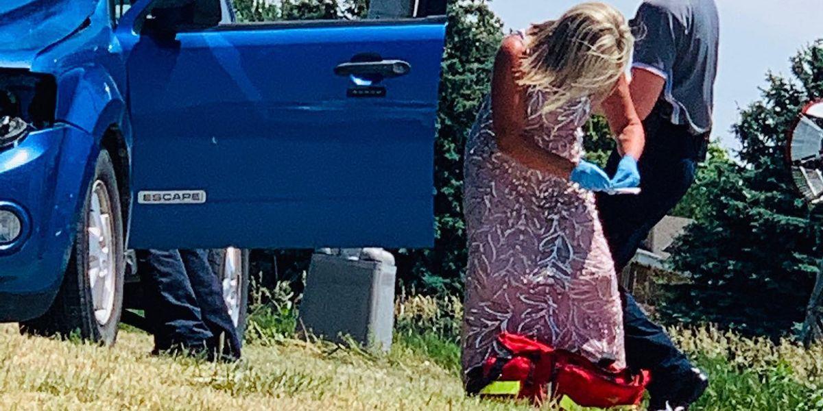 Nurse saves life on way to daughter's wedding