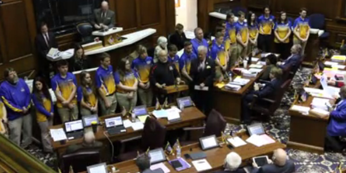 Castle archery team honored at statehouse Monday