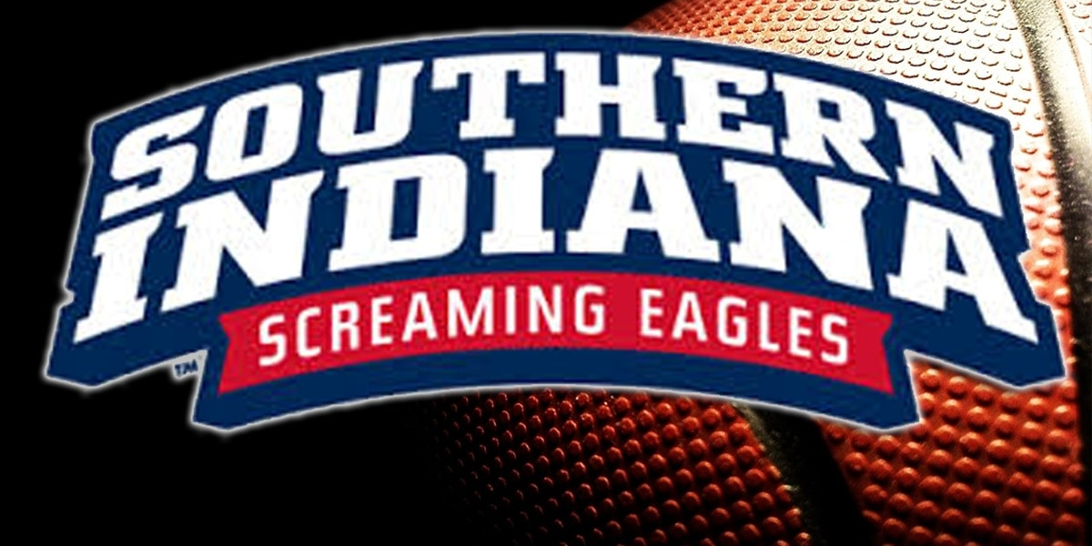 Rivera Beats the Buzzer; Sends USI Basketball to Regional Championship