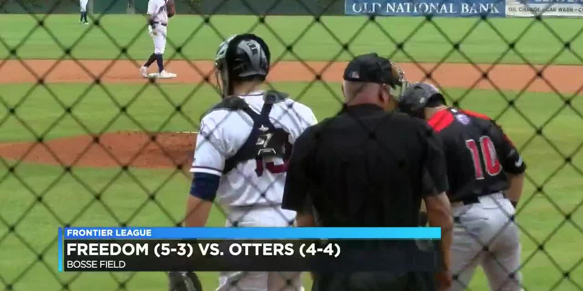 Otters vs Freedom game 3
