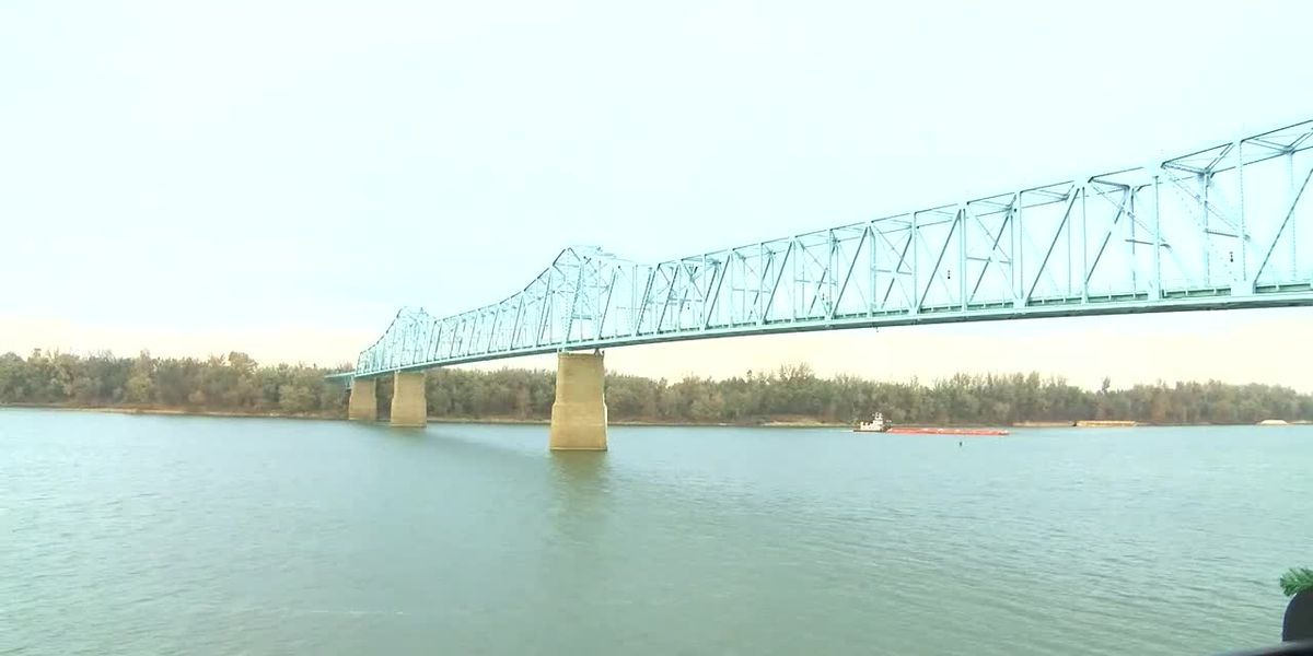 Lane closures set for Blue Bridge on Monday